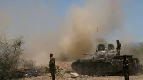 L'armée yéménite dans un affrontement avec des combattants d'Al-Qaïda dans le sud du Yémen. © Abayomi Azikiwe